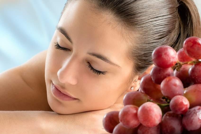 Unikatowy rytuał zabiegowy obejmujący masaż relaksacyjny całego ciała, peeling oraz maskę z użyciem wysokiej jakości kosmetyków na bazie czerwonego wina w RehaFit we Wrocławiu