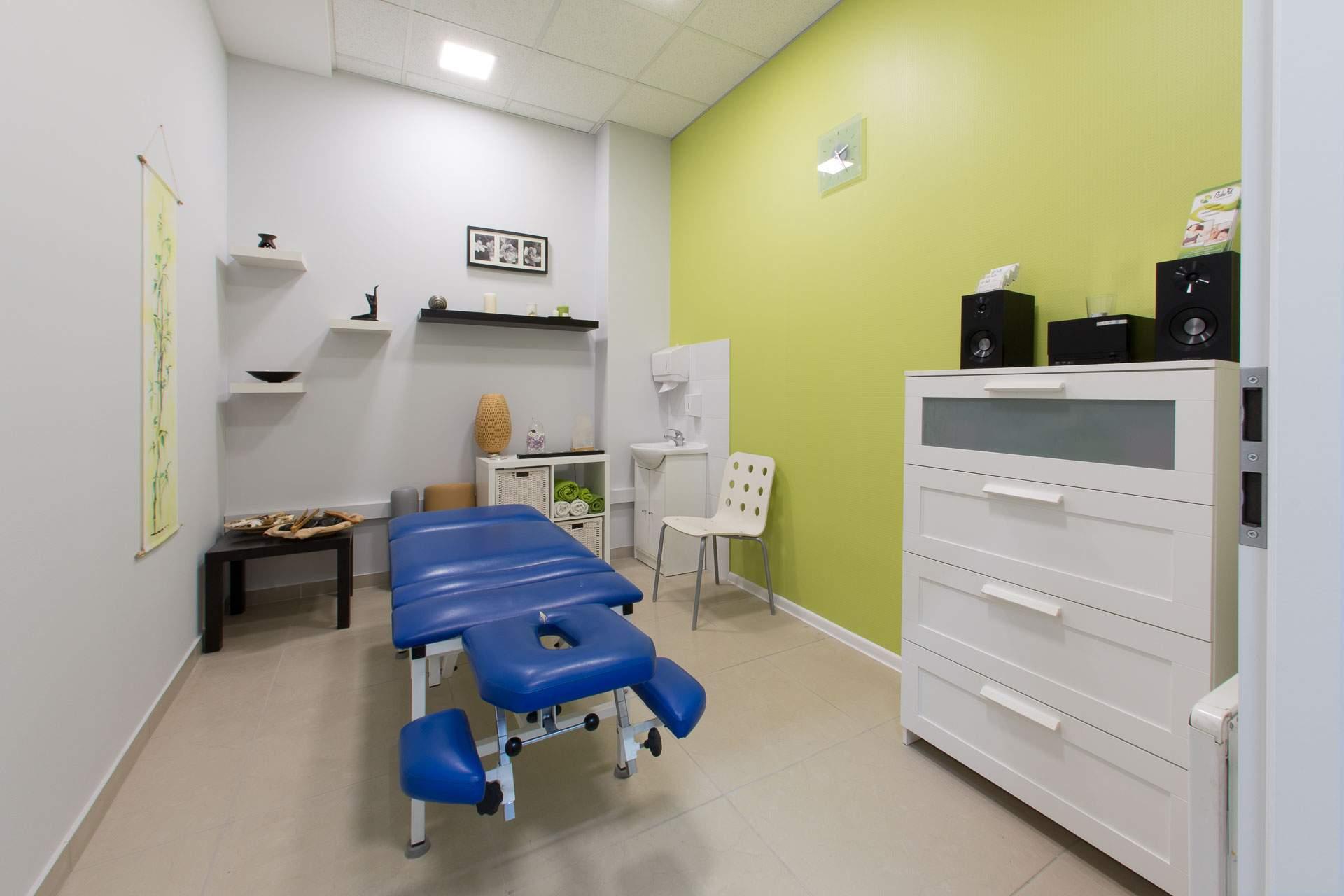 gabinet masażu relaksacyjnego w centrum RehaFit we Wrocławiu