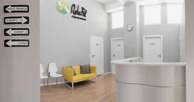Recpecja i poczekalnia wrocławskiego centrum rehabilitacji i masażu RehaFit.