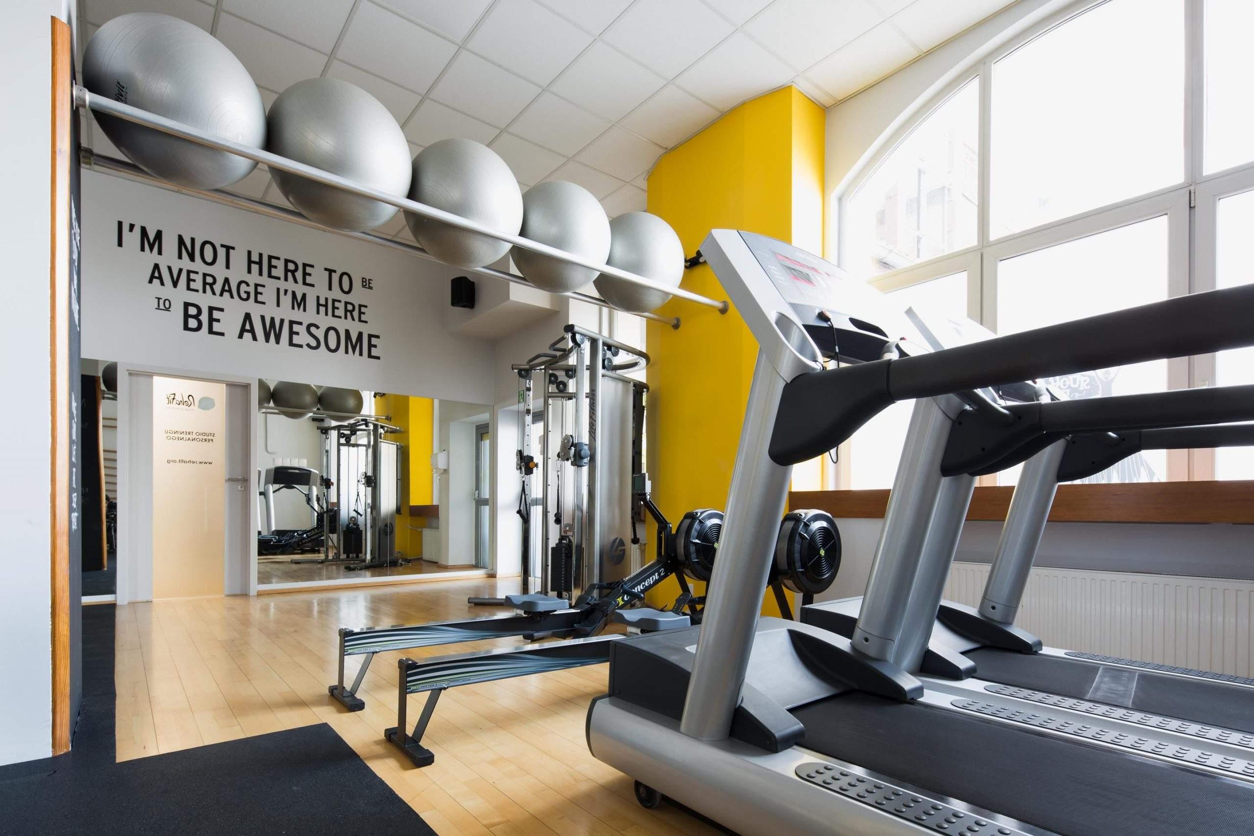 strefa cardio i brama wielofunkcyjna centrum treningu personalnego RehaFit