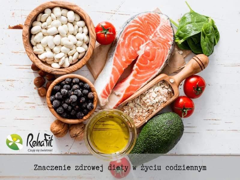 Zdjęcie przedstawiające zdrową, zbilansowaną dietę.