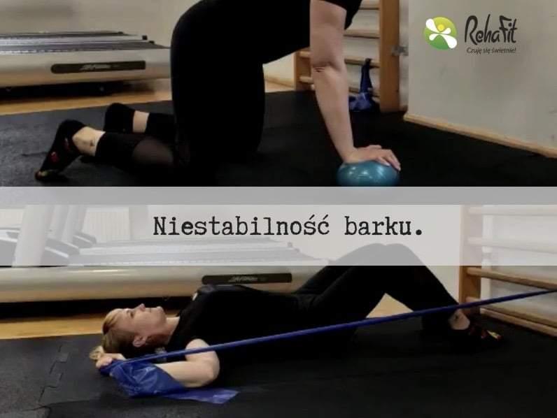 Fizjoterapeutka prezentuje ćwiczenia na niestabilny staw ramienny.